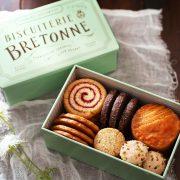 「ビスキュイテリエ ブルトンヌ」が名古屋に初登場!人気のクッキー缶や焼き菓子が勢ぞろい